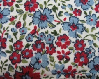 Flannel Fabric One (2 Yard Piece) Tiny Blue/Red Flowers on White Background Snuggle Cozy Baby Blankets, Burp Cloths, Rag Quilts, Pajamas