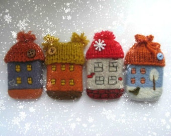 Very cozy house - brooches.