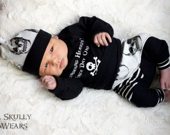 Newborn Coming Home Outfit, Coming Home Outfit, Newborn Outfit, Baby Hospital Outfit, Take Home outfit, Skull Baby, Baby Boy, Skull