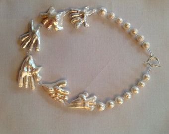 White birdfoot baroque pearl necklace