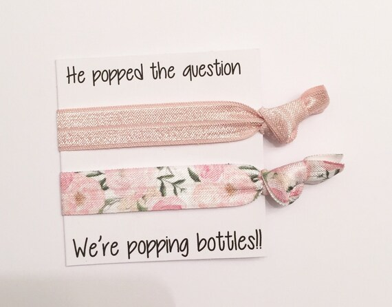 Bridesmiad hair tie favor//vintage rose & romantic rose//hair tie favor//hair tie card//party favor//bachelorette
