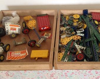 Vintage Meccano set in wonderful wooden case