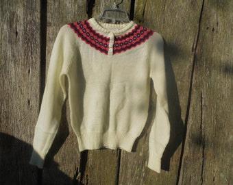 Vintage Womens Medium cream pullover ski sweater Exclusive Imports made in Korea virgin acrylic 1950s