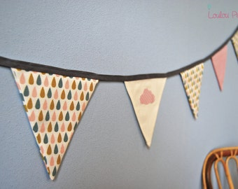 Garland small pennants drops and cloud - pink color
