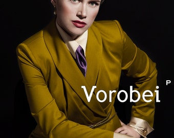 elegant suit for business women