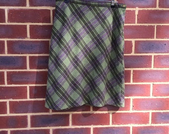 Green wool tartan plaid skirt