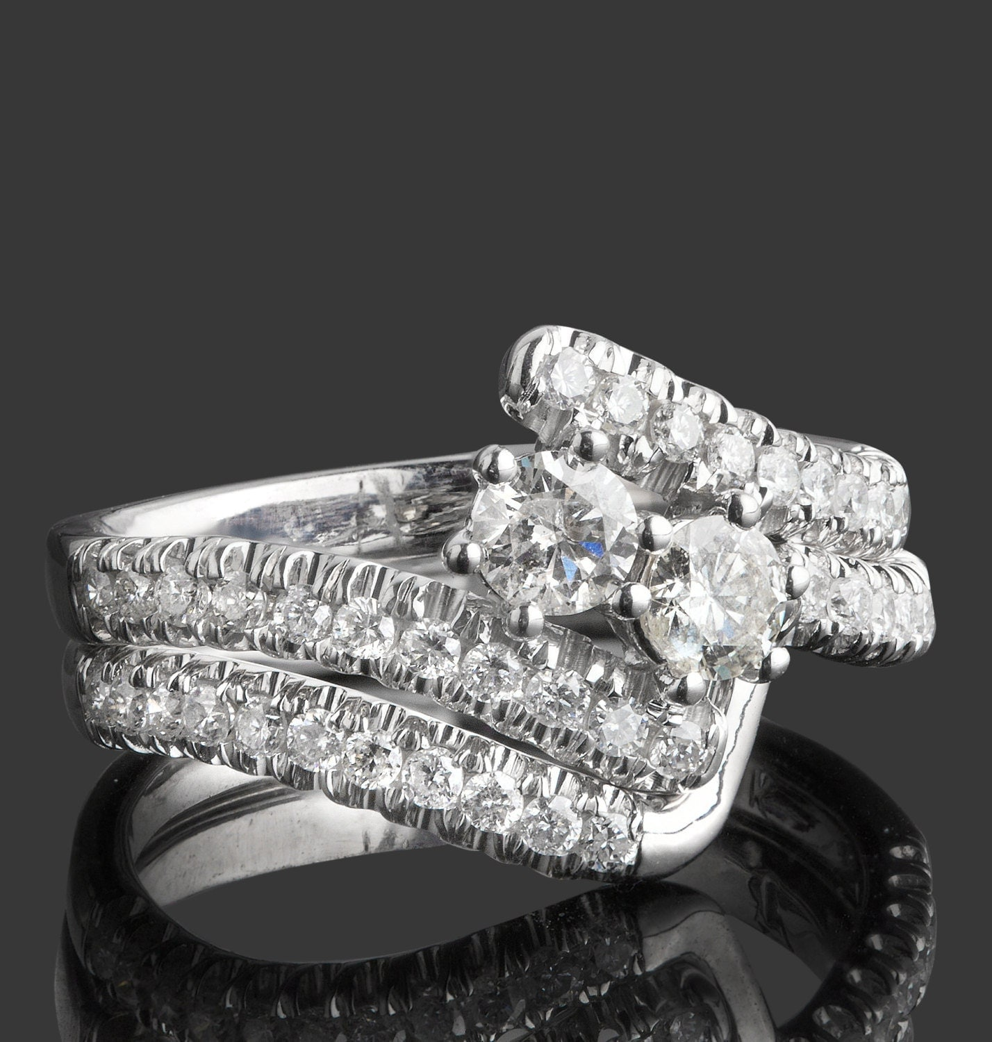 Lovely Wedding Rings You Can Put On Layaway