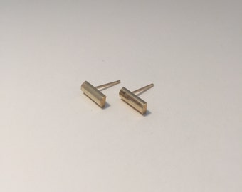 Large 9ct Yellow Gold Stud Earrings