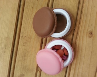 Macaroon purse pill cases