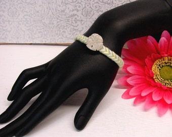 Beach coton bracelet shell