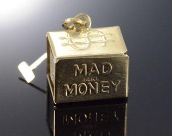 "14K Vintage 3D ""Mad Money"" Box Charm/Pendant Yellow Gold"