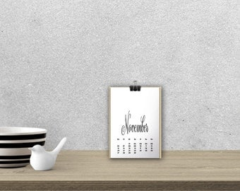 Desk Calendar 'DELICATA', black // A5