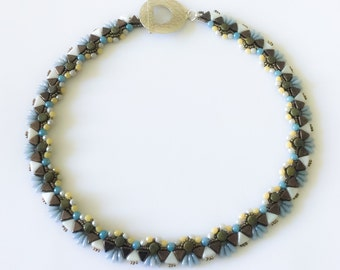 Necklace pearls blue and Brown