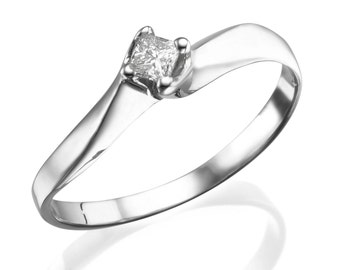 Princess Cut Diamond Engagement Ring, Solitaire Ring, 18K White Gold Ring, Solitaire Engagement Ring, Twisted Ring Size 6.5