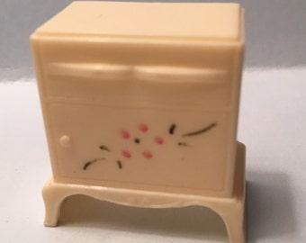 Plasco Stencile End Table~vintage plastic dollhouse furniture 1:16