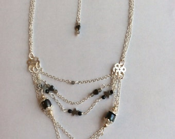 Necklace 'Tangled Chain'