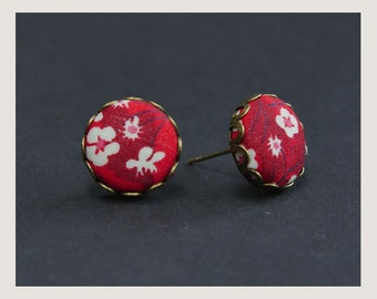 no.62 Stud Liberty Fabric button earrings - Red Cherry