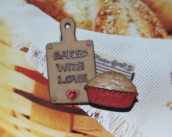 Handcrafted Novelty Baked With Love With Whole Pie Hat/Shirt/Lapel Pin