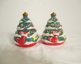 Vintage Ceramic Christmas Tree Salt Pepper Shakers