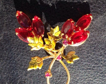 Beautiful Vintage Red Ruby Flower Brooch