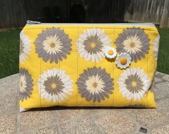 Sunflower Quilted Zipper Pouch