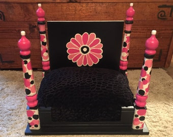 """Custom Solid Wood Dog Bed / Cat Bed Hand Painted / Designer Bed made from end table """"Daisy"""" / Custom Pet Bed"""