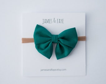 Emerald Mini Sailor Bow (nylon headband or alligator clip)