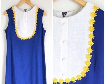 SALE / 1960's Daisy Linen Cobalt and Cream Dress