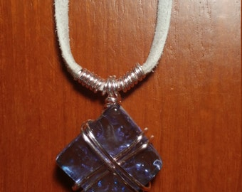 Glass shard X necklace