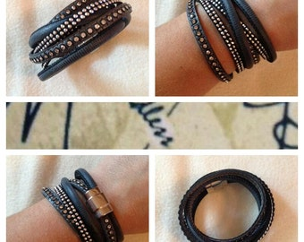 Wrap bracelet with magnetic closure