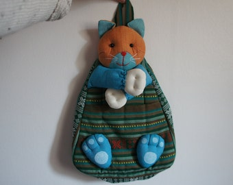 Backpack in the form of cat or elephant in Brocade infant