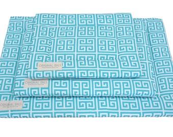 Ocean Blue Pet Pad | Crate Mat | Crate Pad | Water Resistant Bottom | Portable Puppy / Dog Mats | Unique Mats | Small/Medium/Large/XL