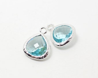 G002221/Aquamarine/Rhodium plated over brass/Small teardrop faceted glass Pendant/11x13mm/2pcs
