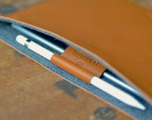 "iPad Pro 12.9"" & 9.7"" - EVO Collection + Apple Pencil Holder + Smart Keyboard Leather And Wool Felt Sleeve Case Handmade"