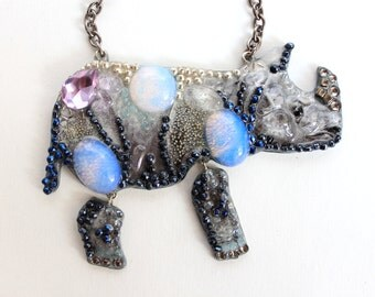 Rhino-necklaces handmade from stones and beads