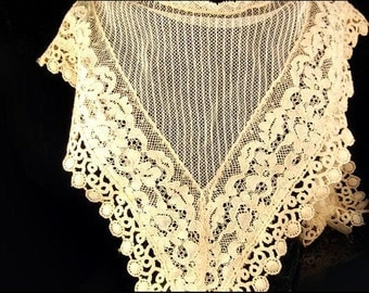 Antique French Ivory Color Lace Collar Dress Top