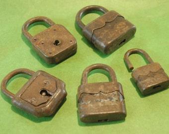 5 padlocks vintage-no key-70 years