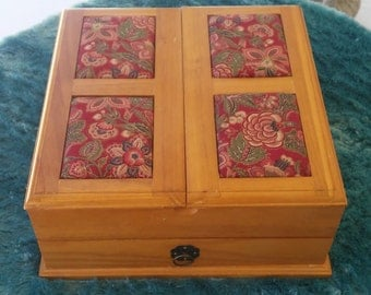 A Vintage 1970's Wood Square Sewing Box/ Keepsafe Box/Letter Box/Hobby Craft Box