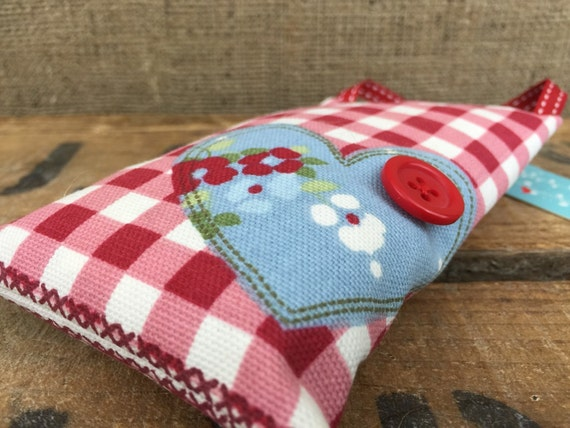 Handmade Scented Lavender Bags Hanging Pin Cushion Red Blue White Patchwork Tea Time Theme Hearts