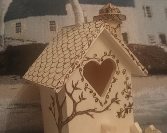 Pyrography display bird house