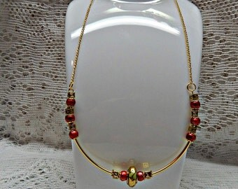 Gold & Raspberry necklace