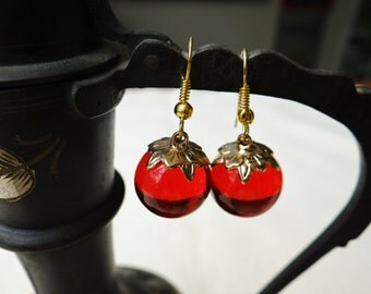 Vintage Red Glass Cherry Earrings - ERU138