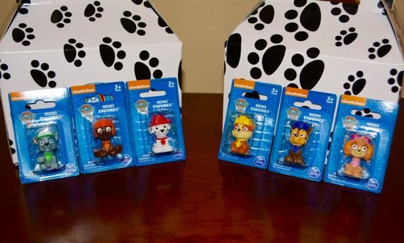 Paw patrol miniature figurines, paw patrol party theme - Set of 6