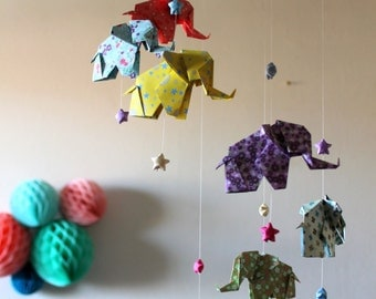 Mobile baby in origami, Elephants and stars, liberty grounds