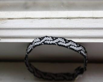 S Pattern Woven Friendship bracelet