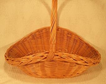 Wicker flower basket with longer handle 036