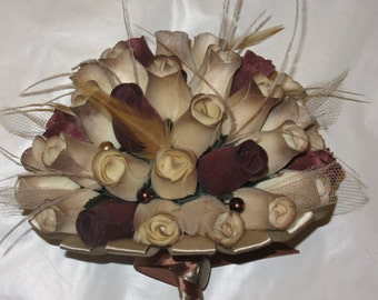 Chocolate and cream Steam punk bouquet