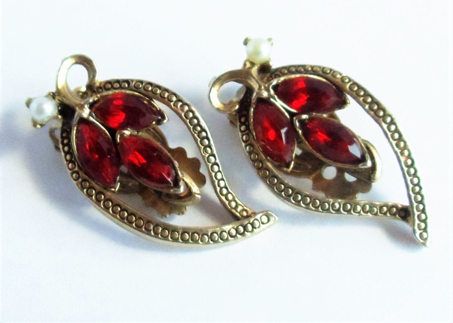vintage faux ruby pearl earrings ruby rhinestone