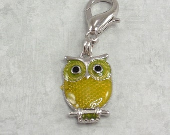 Owl Zipper Pull, Purse Charm, Planner Charm, Backpack charm, Owl collector gift, Yellow Owl