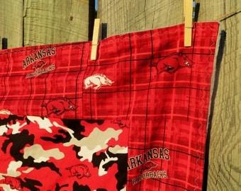 Arkansas Razorback Blanket,Arkansas Blanket,Arkansas Throw,Razorback Gift,Arkansas Quilt,Handmade Arkansas Razorback,Razorback Minky blanket